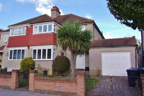 4 bedroom semi-detached house to rent - The Chase, Norbury