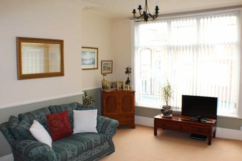 1 bedroom apartment for sale - Swanland Ave, Bridlington
