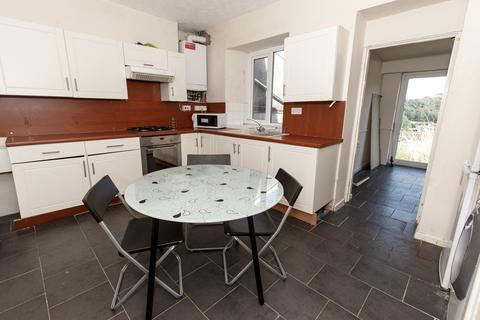 4 bedroom terraced house to rent - Laura St
