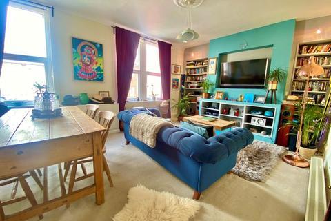 2 bedroom maisonette for sale - Summerland Street, Barnstaple