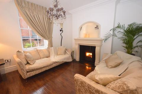 4 bedroom character property - Catharine Street, Liverpool
