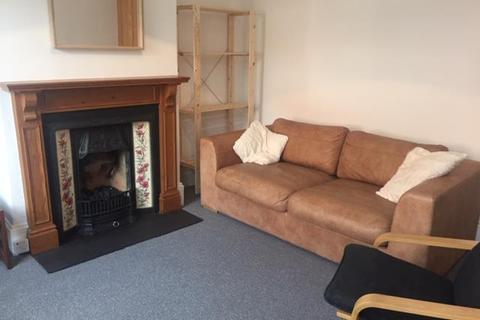 4 bedroom house - 44 Leamington Street, Crookesmoor