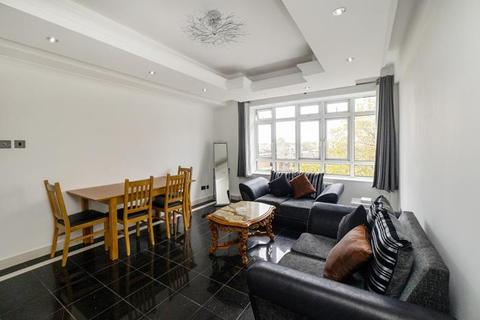 3 bedroom flat to rent - Portsea Place, Hyde Park. W2