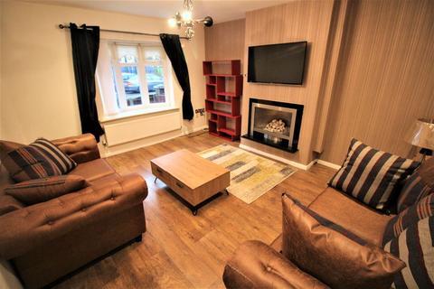 4 bedroom semi-detached house to rent - 4 Bedroom House, Farnworth Street