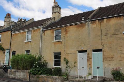 2 bedroom terraced house - Entry Hill, Bath