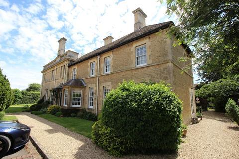 4 bedroom semi-detached house for sale - Derriads Lane, Chippenham