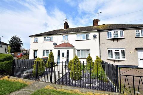 3 bedroom terraced house to rent - Brennan Road, Tilbury, Essex