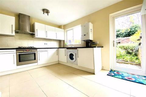 2 bedroom terraced house to rent - Matchless Drive, Shooters Hill, London, SE18