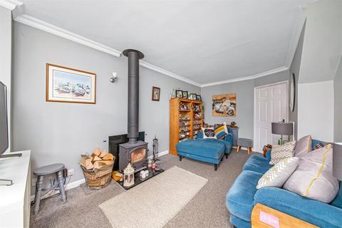 3 bedroom detached house for sale - South Back Lane, Stillington, York, YO61 1ND