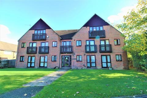 1 bedroom apartment for sale - Bowman Court, London Road, Crawley, West Sussex. RH10 8XG