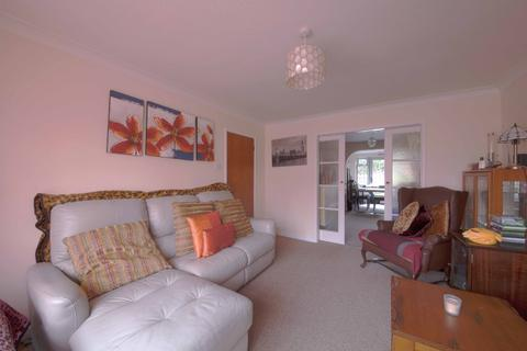 3 bedroom detached house to rent - Havelock Road, , Maidenhead, SL6 5BJ