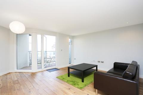 2 bedroom apartment to rent - Seren Park Gardens, Blackheath, SE3