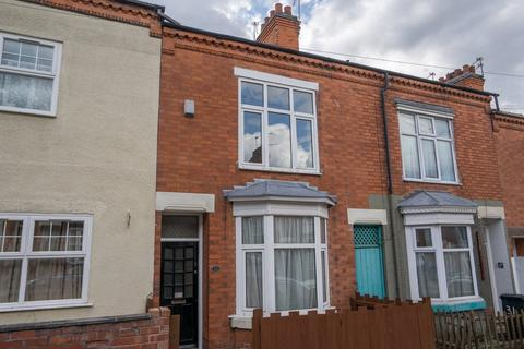 4 bedroom terraced house to rent - Lorne Road, Clarendon Park, Leicester