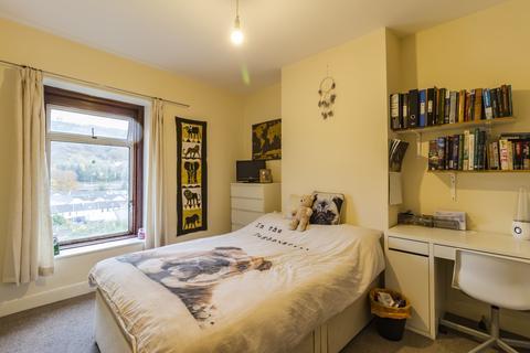 4 bedroom barn conversion to rent - Wood Road, Pontypridd