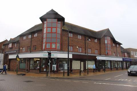 Property to rent - Commercial Road, Paddock Wood