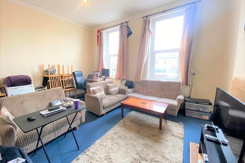 4 bedroom flat to rent - Uxbridge Road, , London