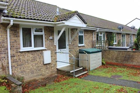 1 bedroom bungalow for sale - Trevarrick Road, St. Austell