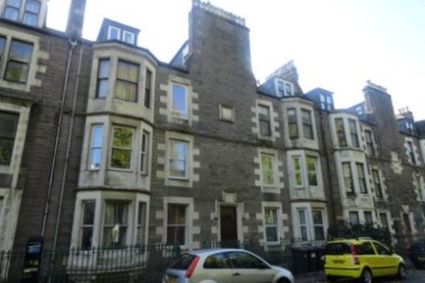 5 bedroom flat - 8 2/2  Garland Place, Barrack Road,