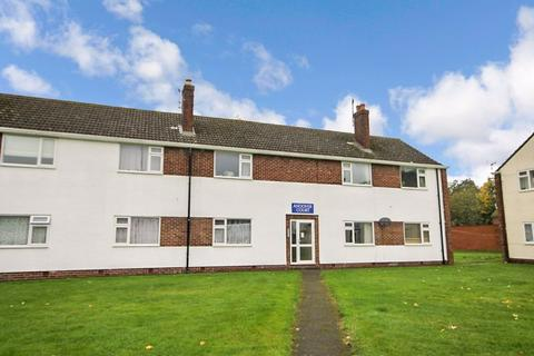 2 bedroom apartment for sale - Andover Court KIDLINGTON