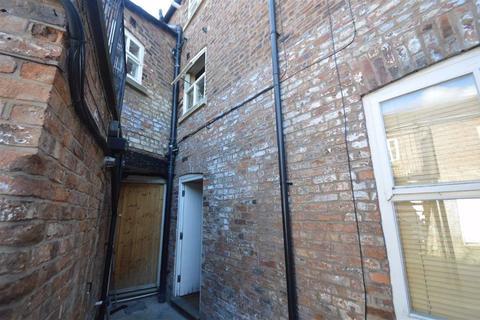 2 bedroom flat for sale - Mill Lane, Macclesfield