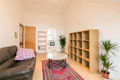 2 bedroom flat to rent - The Mews, Newcastle upon Tyne