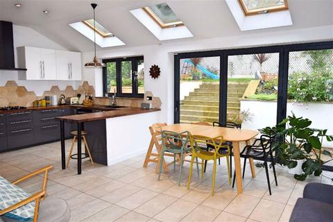 3 bedroom semi-detached house for sale - The Green, Sevenoaks, TN13
