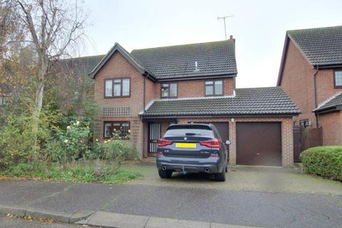 4 bedroom detached house to rent - Fairway Drive, Burnham-On-Crouch