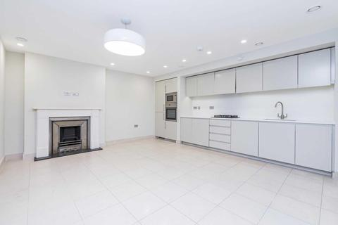 3 bedroom townhouse to rent - Beaumont Street, London, W1G