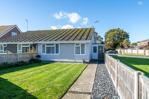 2 bedroom semi-detached bungalow - Stoney Stile Close, Rose Green, Bognor Regis, West Sussex, PO21 4JP