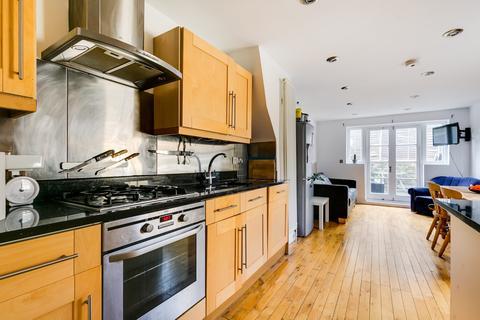 4 bedroom maisonette for sale - Tennyson Street, London