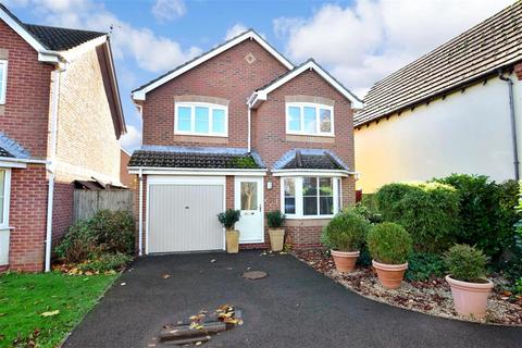 4 bedroom detached house for sale - Churchwood Drive, Tangmere, West Sussex