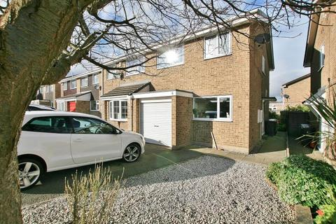 3 bedroom semi-detached house to rent - Patterdale Close, Dronfield Woodhouse, Derbyshire, S18 8PW