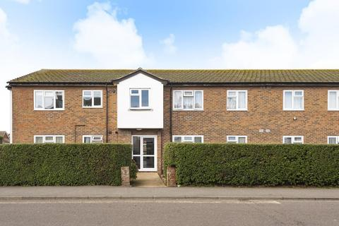 2 bedroom flat - Selsey Court, Hillfield Road, Selsey, PO20