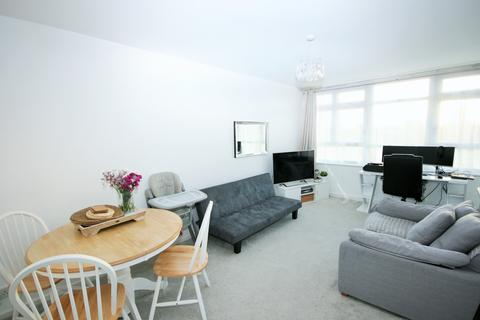 1 bedroom flat for sale - Clemence Street, E14