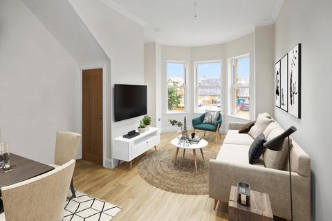 2 bedroom flat - Preston Place, Faversham