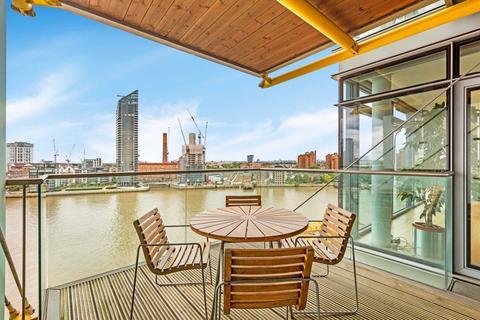 2 bedroom apartment for sale - Montevetro, Battersea, SW11 3YL