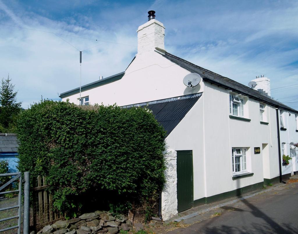 2 Bedrooms Semi Detached House for sale in Llanfihangel-Nant-Bran, Brecon, Powys