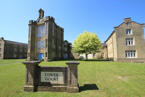2 bedroom apartment - Tower Road, Ely