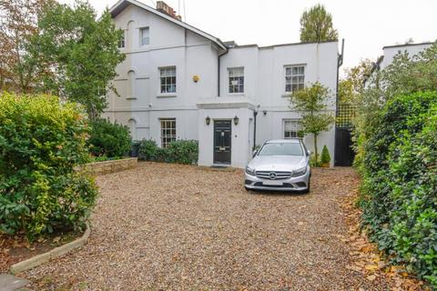 5 bedroom semi-detached house for sale - Fortis Green, N2