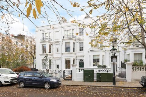 2 bedroom apartment for sale - Berkeley Gardens, Kensington, W8
