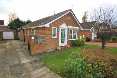 2 bedroom detached bungalow for sale - Sorrel Close, Elm Tree, Stockton, TS19 0UR
