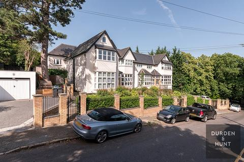 2 bedroom apartment for sale - Albion Hill, Loughton