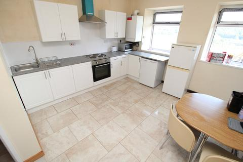 1 bedroom in a house share to rent - Professional House Share, Laura Street, Treforest