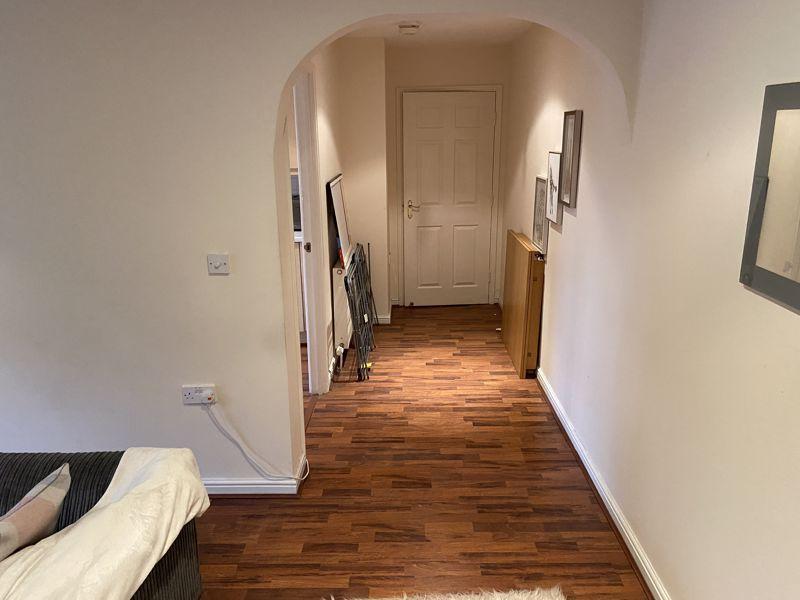 Hallway/Kitchen/Lounge