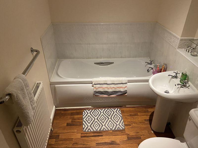 Guest/Family Bath