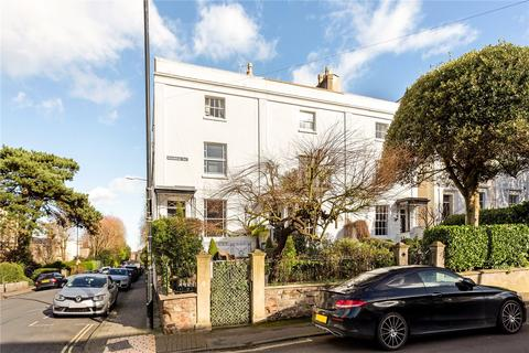 4 bedroom end of terrace house for sale - Buckingham Vale, Bristol, BS8