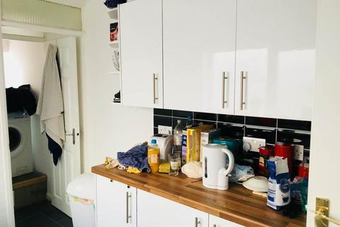 4 bedroom house to rent - Fitzroy Street , Cathays, Cardiff