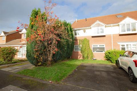 2 bedroom flat for sale - Chaucer Close