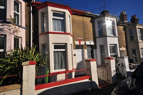 3 bedroom terraced house to rent - Pelham Road Cowes PO31