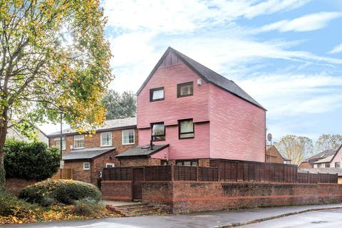 6 bedroom semi-detached house for sale - Leydon Close, Rotherhithe